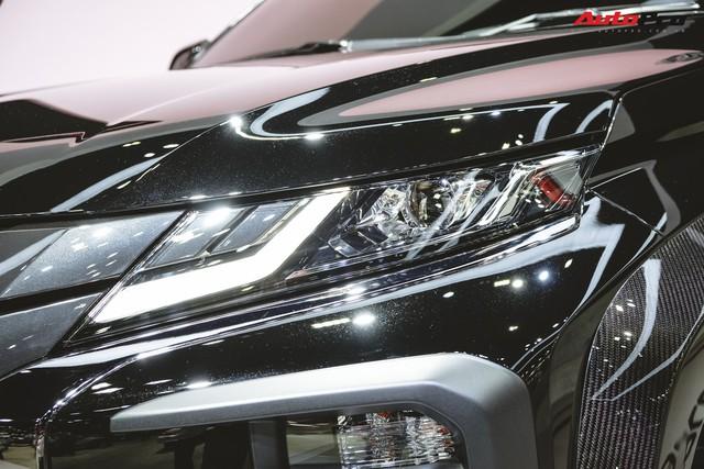 Cận cảnh Mitsubishi Triton Absolute Concept đối đầu Ford Ranger Raptor - Ảnh 4.