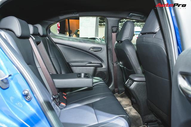 Soi kỹ Lexus UX - SUV sang chờ ngày về Việt Nam, đấu BMW X1 - Ảnh 14.