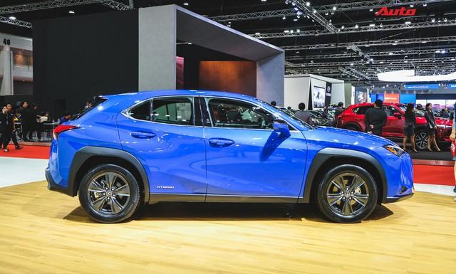 Soi kỹ Lexus UX - SUV sang chờ ngày về Việt Nam, đấu BMW X1 - Ảnh 2.