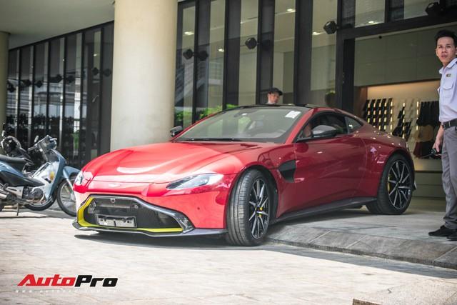 Aston Martin V8 Vantage 2019 chính hãng thứ hai tại Việt Nam về đại lý: Liệu đại gia Việt nào sẽ xuống tiền? - Ảnh 2.
