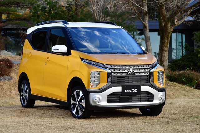 Tiểu Xpander Mitsubishi eK X chính thức chốt giá từ 12.750 USD: Thiết kế đẹp, nhiều tiện nghi, động cơ 0.66L - Ảnh 2.