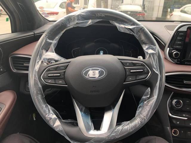 Hyundai Santa Fe 2019 full option đã về tới đại lý, giá bán chênh hơn 20 triệu đồng - Ảnh 6.