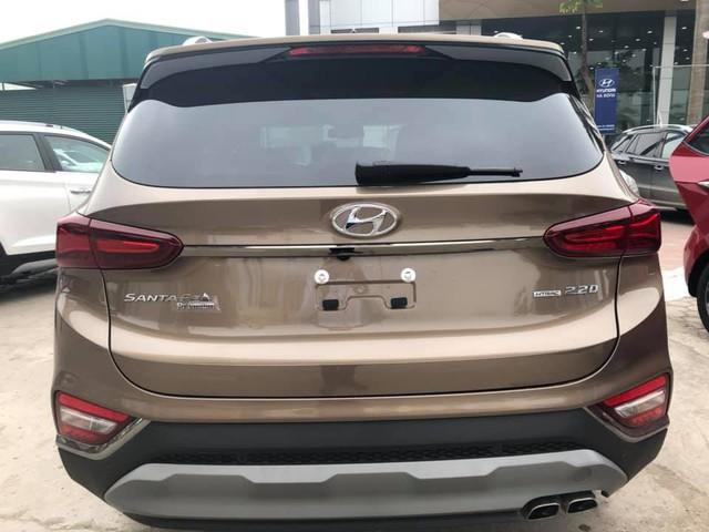 Hyundai Santa Fe 2019 full option đã về tới đại lý, giá bán chênh hơn 20 triệu đồng - Ảnh 4.