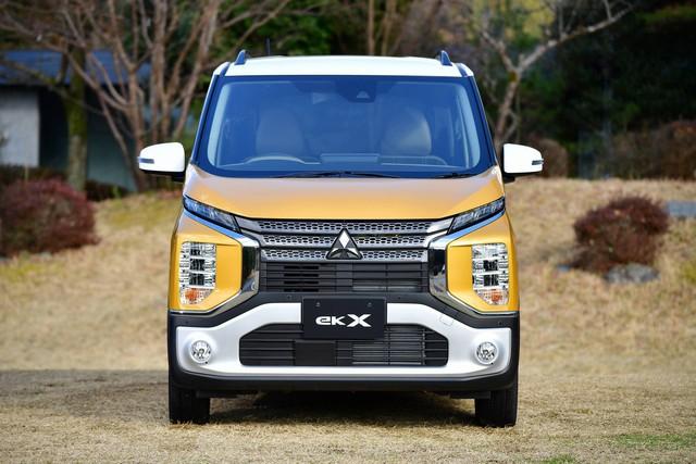 Tiểu Xpander Mitsubishi eK X chính thức chốt giá từ 12.750 USD: Thiết kế đẹp, nhiều tiện nghi, động cơ 0.66L - Ảnh 3.