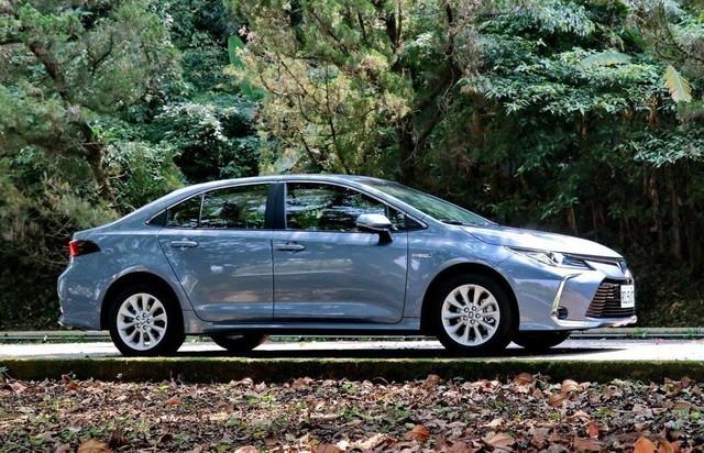 Toyota Corolla Altis 2019 ra mắt tại Đài Loan, về Việt Nam trong năm nay - Ảnh 3.