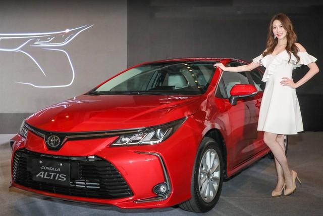 Toyota Corolla Altis 2019 ra mắt tại Đài Loan, về Việt Nam trong năm nay - Ảnh 1.