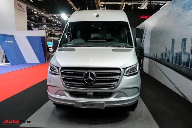 Đánh giá nhanh Mercedes-Benz Sprinter 2019: Sang xịn như E-Class, treo khí nén, giải trí MBUX, giá hơn 2,7 tỷ đồng - Ảnh 3.