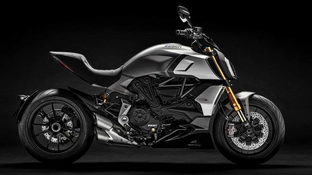 Mang thiết kế dị biệt, Ducati Diavel 1260 giành giải xuất sắc năm 2019 - Ảnh 1.