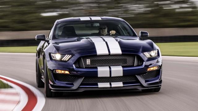 Ford đang phát triển SUV Mustang khung gầm Explorer mang thiết kế BMW X4 - Ảnh 1.