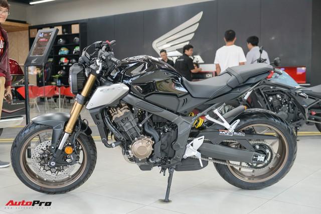 Chi tiết Honda CB650R 2019 giá 246 triệu đồng vừa ra mắt tại Việt Nam, lô đầu về đại lý đã bán hết - Ảnh 2.