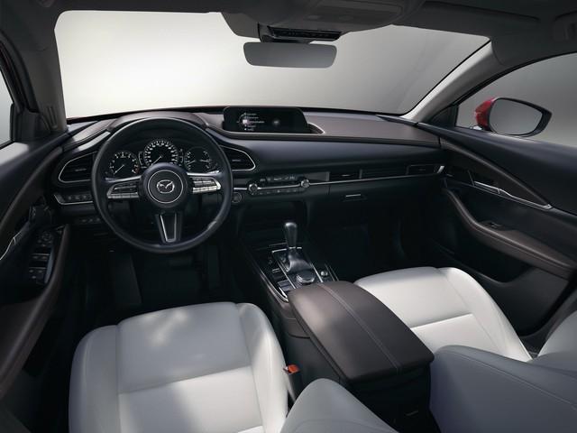 Mazda CX-30 bất ngờ ra mắt - Đàn em CX-5 dùng động cơ Mazda3 - Ảnh 4.