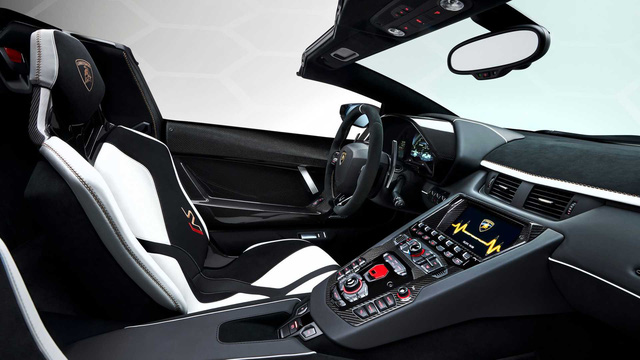 Thêm cặp đôi Lamborghini Aventador SVJ lên đường về Việt Nam, cả hai chiếc sở hữu chi tiết cực độc - Ảnh 7.