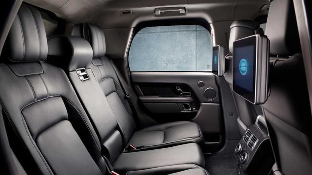 Range Rover Sentinel - SUV bọc thép chống đạn mới của chính khách - Ảnh 5.