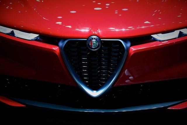 Thêm SUV sang cỡ nhỏ cạnh tranh BMW X1: Câu trả lời của người Ý - Ảnh 5.