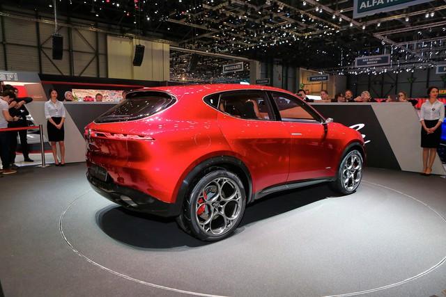 Thêm SUV sang cỡ nhỏ cạnh tranh BMW X1: Câu trả lời của người Ý - Ảnh 3.