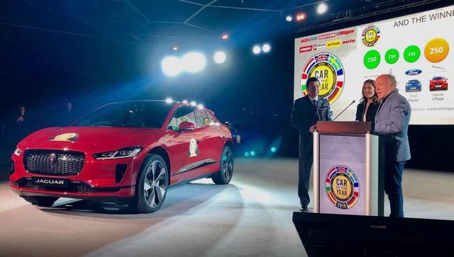 Vượt qua Ford Focus, Jaguar I-Pace giật giải Xe của năm 2019 - Ảnh 1.