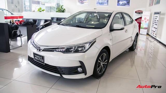 Toyota Corolla Altis giảm giá cao nhất 80 triệu đồng tại đại lý, dọn đường đón thế hệ mới về Việt Nam - Ảnh 1.