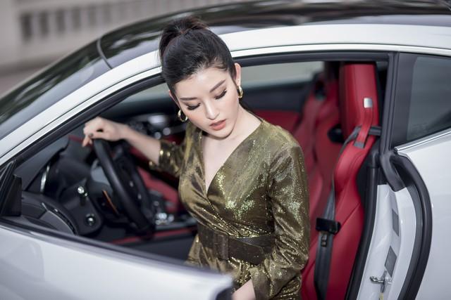 Mới 24 tuổi, Á hậu Huyền My đã sắm riêng cho mình chiếc Jaguar F-Type Coupe giá 6 tỷ đồng - Ảnh 3.