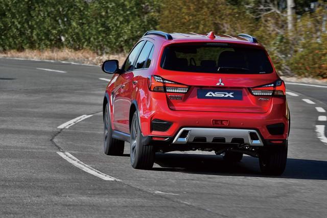 Mitsubishi Outlander Sport mới chính thức ra mắt, đối chọi Honda CR-V - Ảnh 4.