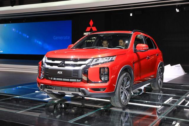 Mitsubishi Outlander Sport mới chính thức ra mắt, đối chọi Honda CR-V - Ảnh 1.