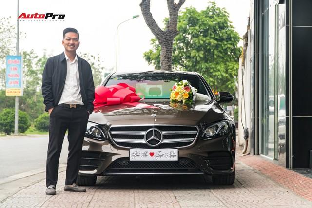 Soái ca Bắc Ninh chi 2,5 tỷ đồng mua Mercedes-Benz E300 AMG tặng vợ nhân ngày 8/3 - Ảnh 6.