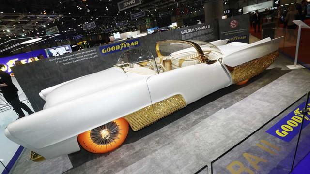 Xe mạ vàng, lốp phát sáng, đầu như chiến đấu cơ chiếm spotlight hơn cả Bugatti - Ảnh 4.