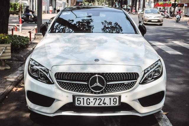 Bắt gặp Mercedes-AMG C43 4Matic giá hơn 4 tỷ đồng của dân chơi Sài Thành - Ảnh 2.