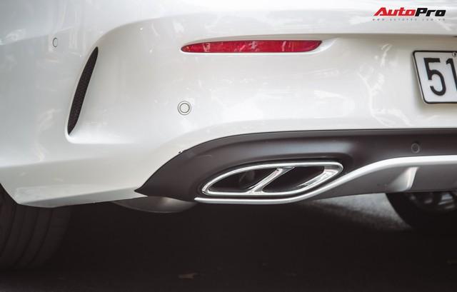 Bắt gặp Mercedes-AMG C43 4Matic giá hơn 4 tỷ đồng của dân chơi Sài Thành - Ảnh 10.