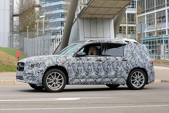 Vuông như G-Class như đang là xu thế, Mercedes-Benz GLB tung teaser mới cho thấy điều đó - Ảnh 2.