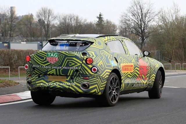 SUV đầu tiên của Aston Martin lộ diện với nội thất đậm chất Mercedes-Benz - Ảnh 5.