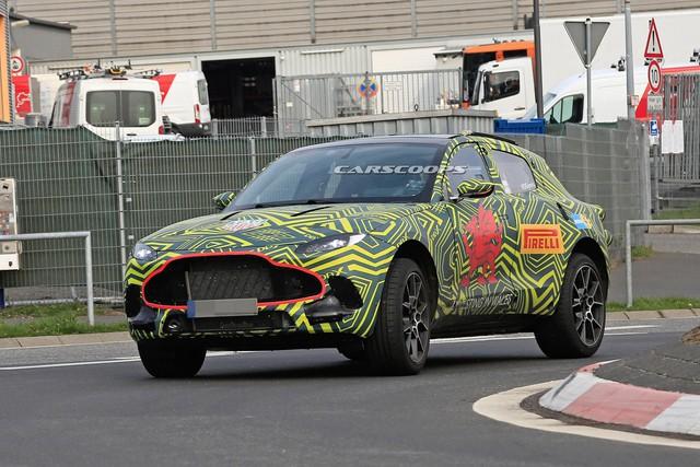 SUV đầu tiên của Aston Martin lộ diện với nội thất đậm chất Mercedes-Benz - Ảnh 4.