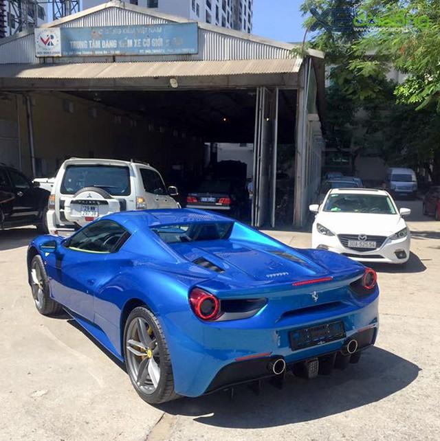 Dân chơi Bình Phước tậu Ferrari 488 Spider Blu Corsa độc nhất Việt Nam - Ảnh 2.