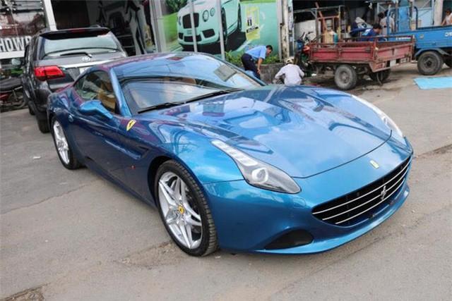 Đại gia đồng hồ khét tiếng Hà Nội bổ sung chiếc Ferrari mui trần hàng hiếm vào bộ sưu tập - Ảnh 2.