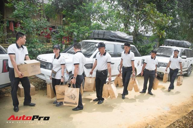 Hành trình lên Sơn La gian nan của đoàn xe Trung Nguyên Legend - Ảnh 4.