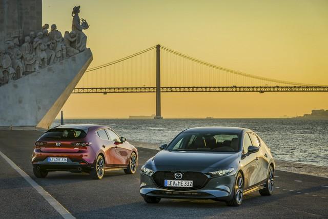 Mazda3 tăng áp, dẫn động 2 cầu lần đầu tung video gầm rú đầy phấn khích trước ngày ra mắt 8/7 - Ảnh 1.