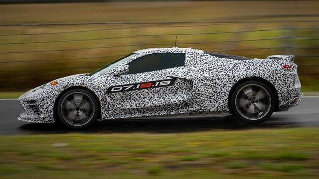 Chevrolet C8 Corvette bất ngờ lộ diện, chốt ngày ra mắt - Ảnh 1.