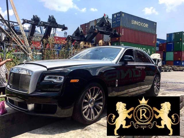 Rolls-Royce Ghost 2019 đầu tiên về Việt Nam với một số chi tiết khác biệt - Ảnh 1.