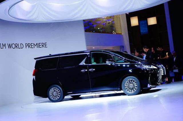 Ra mắt Lexus LM minivan - Siêu Toyota Alphard cho nhà giàu - Ảnh 1.