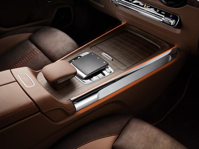 Mercedes-Benz chính thức trình làng GLB: SUV vuông vắn giống GLK, trang bị AWD, đủ rộng cho 7 người - Ảnh 8.