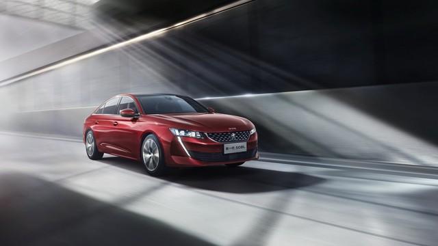 Peugeot trình làng 508L hybrid, tham vọng đè bẹp Toyota Camry, Volkswagen Passat