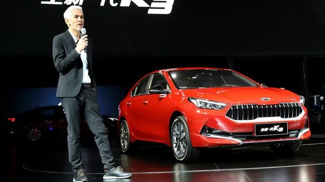 Kia Cerato tản nhiệt Maserati chính thức ra mắt