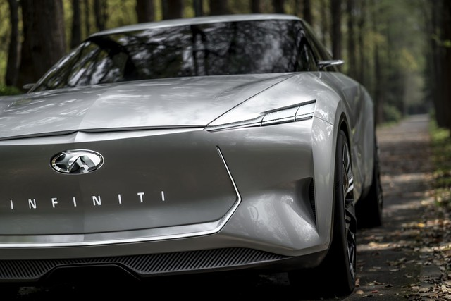 Infiniti Qs Inspiration - Cửa mở như Rolls-Royce và những thử nghiệm táo bạo để đuổi kịp đối thủ - Ảnh 3.