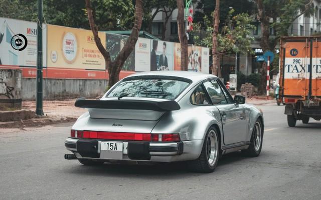 Đại gia Hải Phòng ra biển trắng cho Porsche 930 Turbo 30 năm tuổi độc nhất Việt Nam - Ảnh 2.