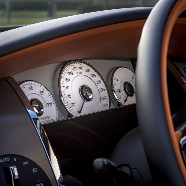 Rolls-Royce tung loạt siêu phẩm chiều lòng các đại gia Trung Quốc - Ảnh 7.