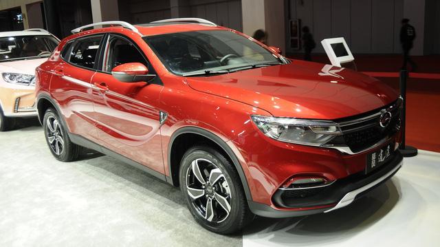 """Bỏ """"tình cũ"""" Range Rover chạy theo Mercedes-Benz, hãng xe Trung Quốc tai tiếng Landwind tung SUV 'GLA nhái'"""