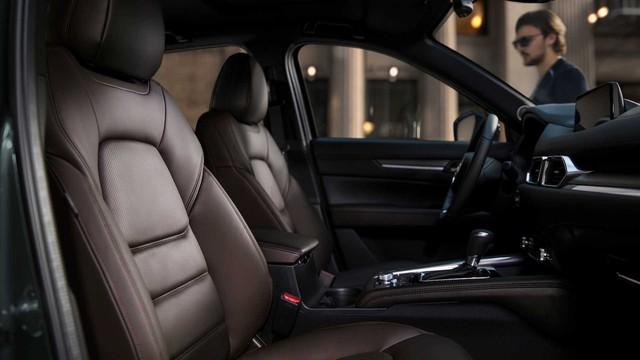 Rò rỉ nhiều trang bị hiện đại bất ngờ trên Mazda CX-8 sắp bán và có thể lắp ráp tại Việt Nam - Ảnh 3.