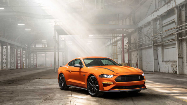 Ford Mustang lấy động cơ từ Focus RS, thêm sức mạnh cho dân chơi