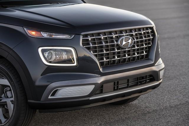 Ra mắt Hyundai Venue hoàn toàn mới: Đàn em Kona mang dáng hình Audi - Ảnh 2.
