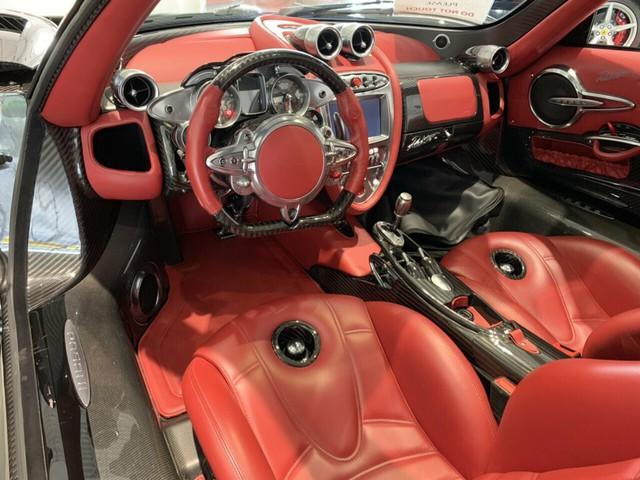 Xe cũ cho 0,1% người dùng: Pagani Huayra Roadster chạy lướt 128km giá nuột chỉ chưa đến 4 triệu USD - Ảnh 4.