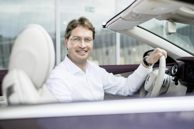 Mercedes-Benz sa thải số nhân viên lớn chưa từng có, cắt đứt quan hệ với Renault – Nissan - Ảnh 1.